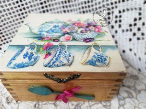 Pudełko retro na herbatę